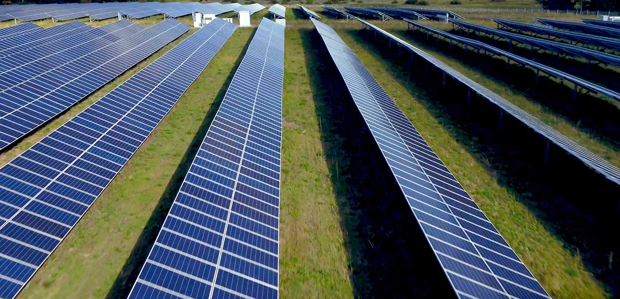 The Green Revolution We're Missing: Solar In the U.S. and Canada